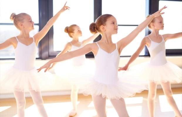 95e0ce9126 Aqui no Babylooks você encontra diversas peças para que sua filha fazer  esse esporte tão benéfico. Roupas para ballet é aqui no Babylooks.